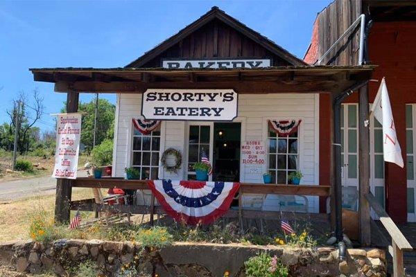 Shorty's Eatery